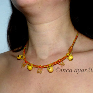 Collier cour de cou jaune et orange